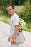 torby rumianków mężczyzna potomstwa Zdjęcie Royalty Free