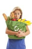 torby zielonego sklep spożywczy przetwarzający kobiety potomstwa zdjęcia stock