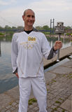 Torchbearer olímpico Paul Giblin, Fotos de archivo libres de regalías