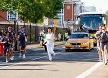 Torchbearer olympique 2012 Photographie stock libre de droits