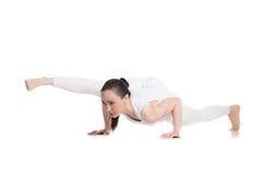 Torcido una actitud legged de la yoga de la balanza del brazo Foto de archivo libre de regalías