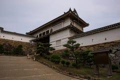 Tore des Himeji-Schlosskomplexes Stockfotos