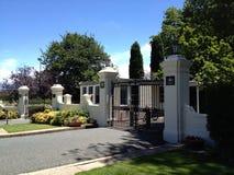 Tore zum Regierungs-Haus, Canberra-TAT, Australien Lizenzfreies Stockfoto