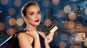 toreb karty kredyta zakupy kobieta Zdjęcie Stock