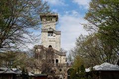 Toren op de berg van Bolshoy Akhun, Sotchi stock afbeelding