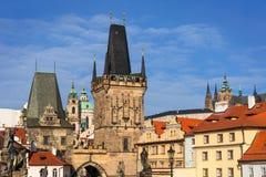 Toren van Charles Bridge Karluv Most, Praag royalty-vrije stock foto's