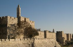 Toren van David en oude stadsmuren Stock Foto