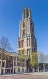 Toren van de Dom kerk binnen bij het centrale vierkant in Utrecht Stock Foto's