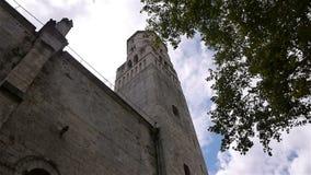 Toren van de geruïneerde abdij van Jumieges, Normandië Frankrijk stock footage