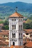 Toren van de kerk van Heilige Michael in Luca Royalty-vrije Stock Fotografie