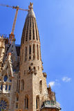 Toren van de Sagrada Familia Kathedraal in Barcelona Stock Afbeeldingen