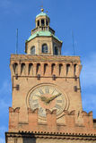 Toren van Palazzo-d'Accursio Stock Afbeeldingen