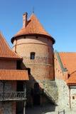 Toren van Tralai-kasteel Buitenwerf stock foto's