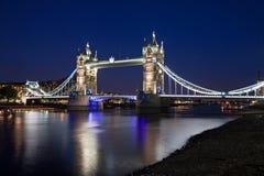 Torenbrug bij nacht Stock Foto