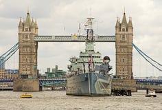 Torenbrug & HMS Belfast Stock Foto's