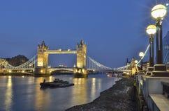 Torenbrug over de rivier Theems in Londen Stock Foto's