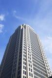 Torenhoge blokwolkenkrabber Royalty-vrije Stock Afbeeldingen