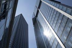 Torenhoge bureaugebouwen van de binnenstad Stock Foto