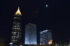 3 torens en een Maan stock foto