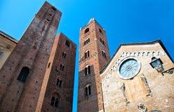 Torens in het Italiaans Riviera stock afbeeldingen