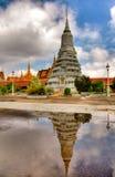 Torens in het koninklijke paleis - Kambodja (hdr) Stock Afbeelding