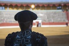 Torero spagnolo che guarda tauromachia in Jaén fotografia stock