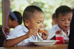 Torftig missgynnad barnhemlöshet för bedrövliga barn Arkivfoto