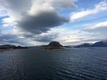 Torghatten山在挪威 库存图片