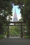 Torii gate in Tokyo and skyscraper Stock Photos