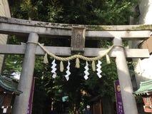 Toriipoort bij togoshi-Ginza post, togoshi-Ginza, Shinagawa, Tokyo, Japan stock foto's