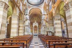 TORINO, ITALIA - 15 MARZO 2017: La navata della chiesa Chiesa di San Dalmazzo Immagini Stock Libere da Diritti