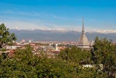 Torino (Turin), panorama avec la taupe Antonelliana Photographie stock libre de droits