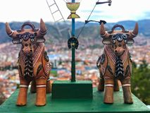Toritos de Pukara Ceramic ταύροι, παραδοσιακοί για να φέρει την καλή τύχη στοκ φωτογραφίες με δικαίωμα ελεύθερης χρήσης