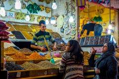 Torka till salu frukter, Marrakech Royaltyfria Bilder