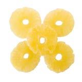 torkade ananasskivor, kanderad ananasskiva som isoleras på vit b Royaltyfria Bilder