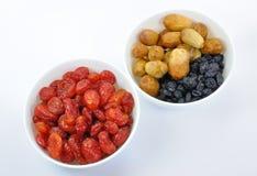 torkade bunkar - frukt isolerade två Royaltyfria Bilder