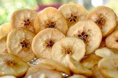 Torkade frukter, äpplen Arkivbild