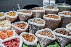 Torkade frukter, bönor & kryddor Royaltyfria Bilder