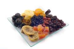 torkade frukter isolerade white Arkivbild