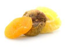 torkade frukter isolerade white Royaltyfri Bild