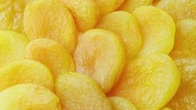 Torkade frukter, slut-UPS roterar torkade aprikors Arkivbild