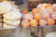 Torkade mandariner och pajer Arkivfoton