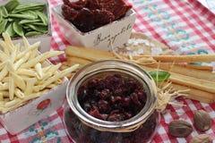 Torkade tranbär, kex, italiensk mat, italienska mellanmål, italienska kex Arkivbilder