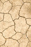 Torkan jordningen knäcker, ingen varmvatten, brist av fuktighet arkivbild