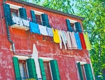 torkande linje tvätt för kläder arkivfoto