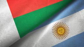 Torkduk f?r Madagascar och Argentina tv? flaggatextil, tygtextur vektor illustrationer