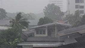 Tormenta de la lluvia metrajes
