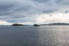 Tormenta de viento sobre el lago Baikal Imagen de archivo