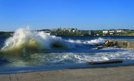 Tormenta en la ciudad crimea de Sevastopol foto de archivo libre de regalías