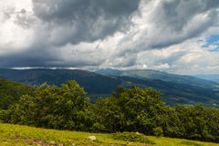 Tormenta en las montañas Foto de archivo libre de regalías